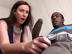 Stockinged Milf worships a huge black boner in the bed